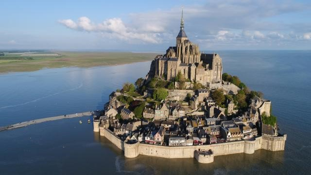 Mont St Michel normandy.jpg